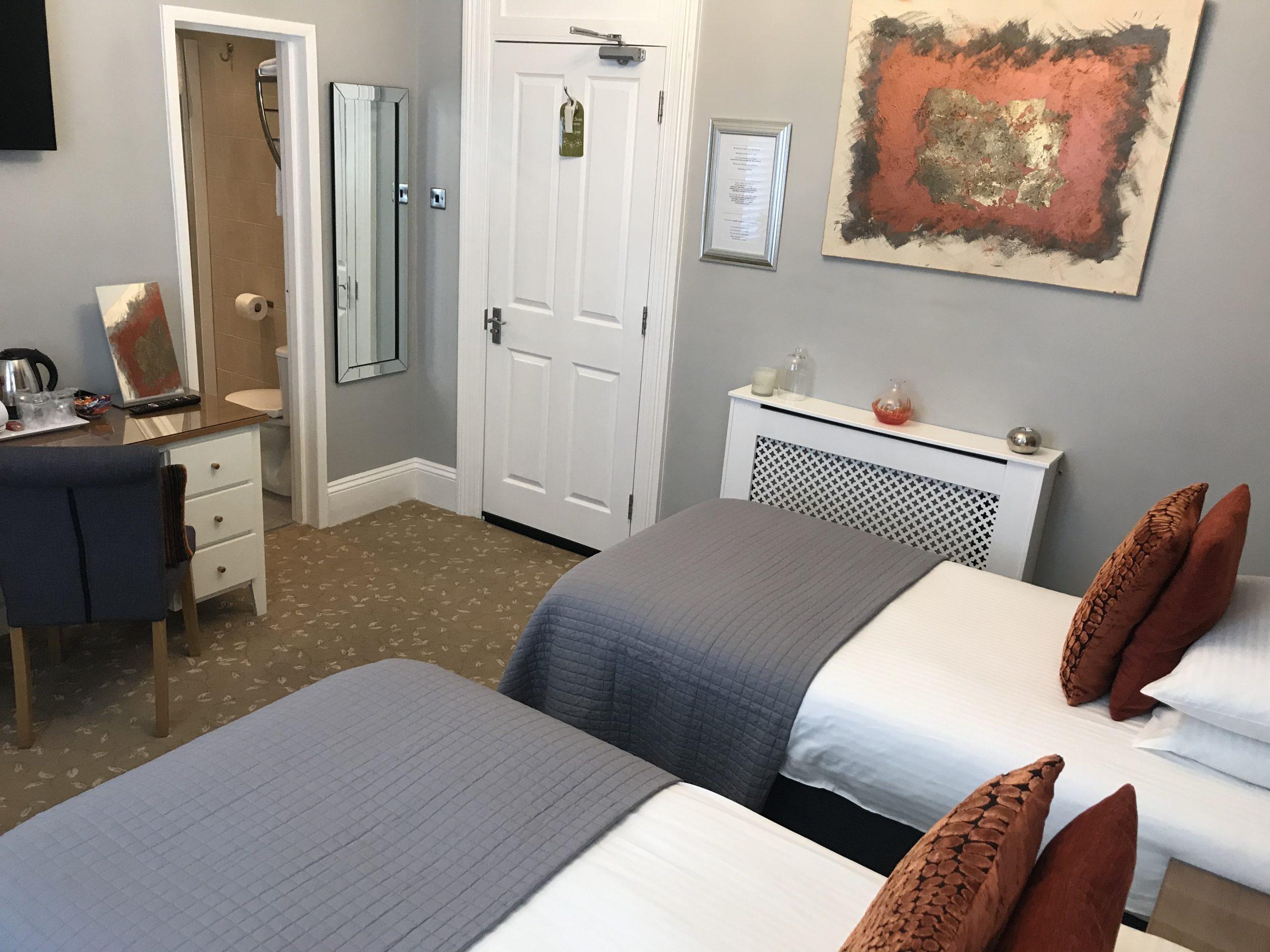 Room 3 Brownsea – Superior King En-suite Plus One